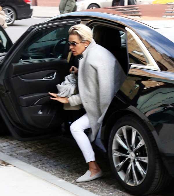 Yolanda Hadid car