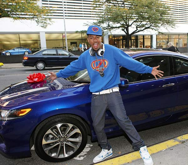 Nick Cannon have many luxury cars