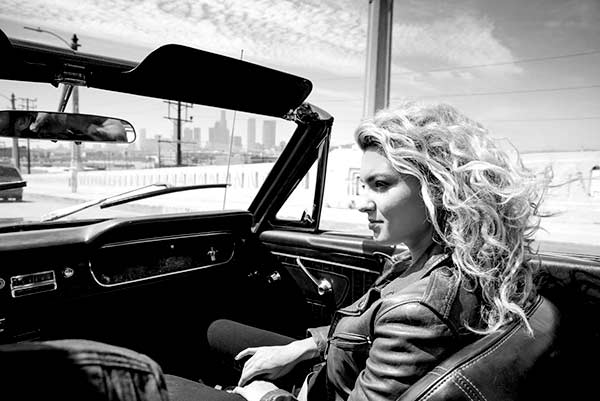 Image of Singer, Tori Kelly car