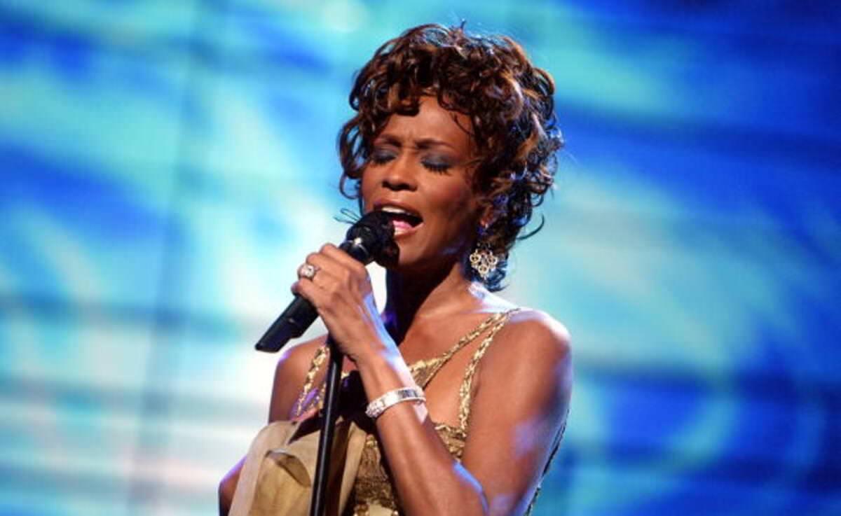 Whitney-Houston-Net-Worth
