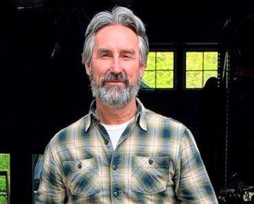 Mike Wolfe Net Worth American Pickers